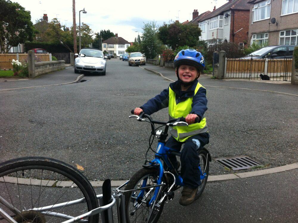Photo of FollowMe tandem in action - kids trailer bike alternative