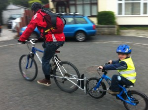 Follow Me Tandem towbar bike for kids is a great way to tow your kids bike behind your bike