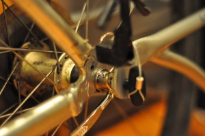 Eyelet close to axle on the FollowMe Tandem