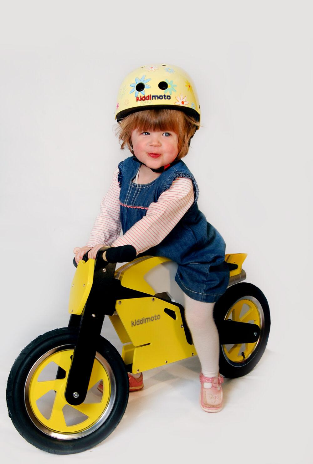Kiddimoto yellow superbike balance bike