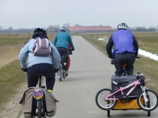 Family cycling holiday in Holland