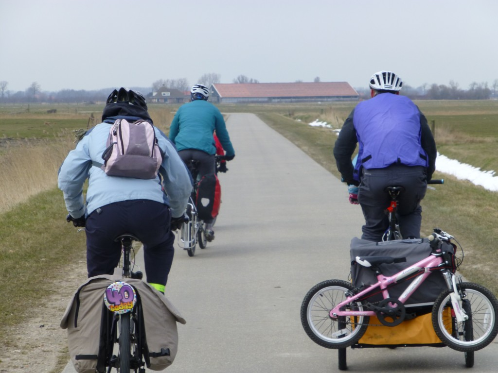 Using the Bumper Adventure Duo Child Cycle Trailer on family cycling holiday in Holland