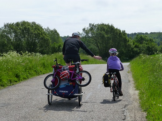 Trailer and outeredge pannier on Danish cycling holiday