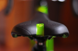 Islabikes Luath Review - comfy saddle