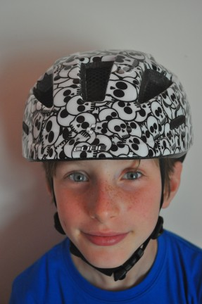 Review of Cube Junior Kids cycling helmet