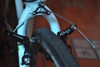 Frog Road 67 kids bike - cantilever brakes are great for mud shedding