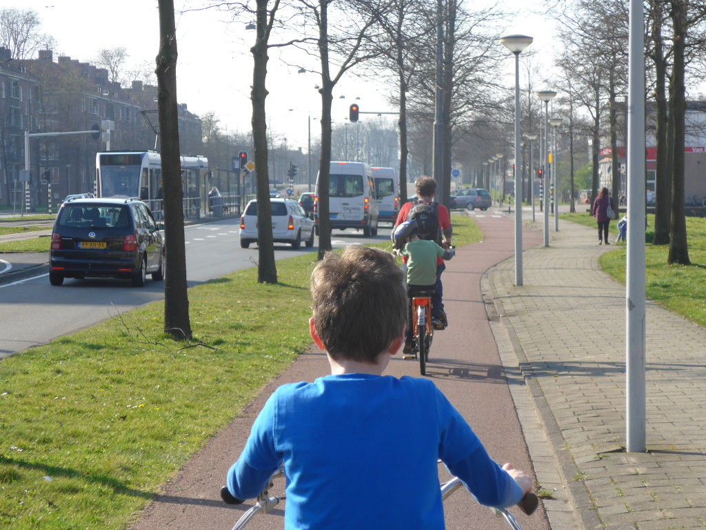Cycling with kids in Holland