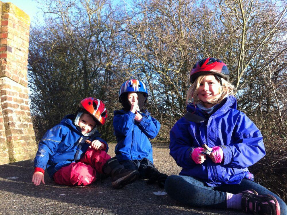 kids-enjoying-a-winter-bike-ride
