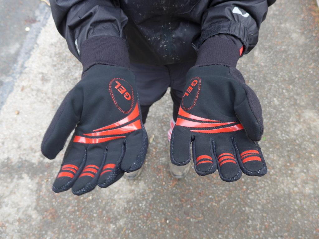 Polaris Mini Attack kids winter cycling gloves - no damage after fall