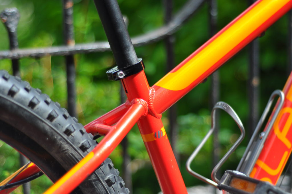 Review of the Islabikes Creig 24 and Creig 26 - top tube meeting rear stays