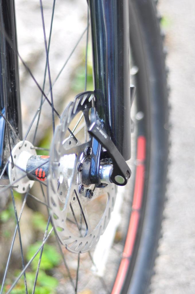 Review of the Islabikes Creig Mountain Bikes for kids - hydraulic disc brakes