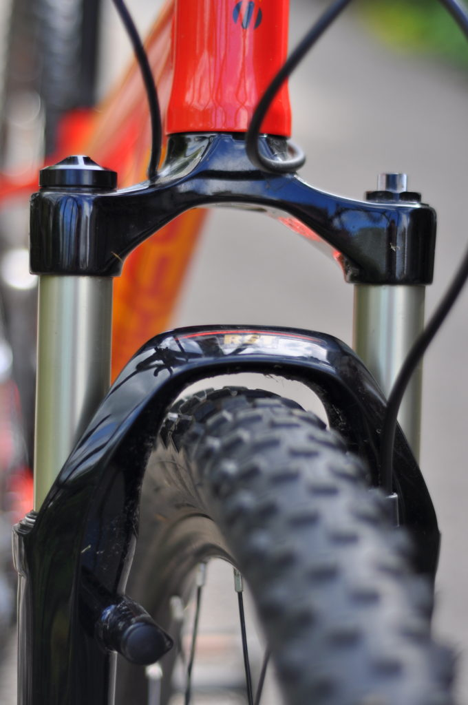 Review of the Islabikes Creig Mountain Bikes for kids - front forks