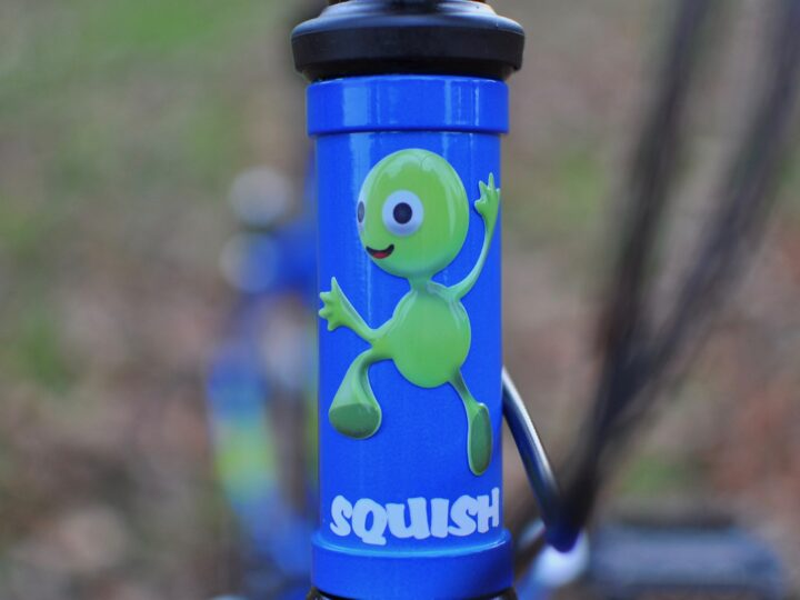 Squish 18 head badge