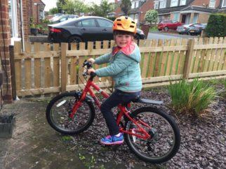 Hoy Bonaly 20 lightweight girls bike