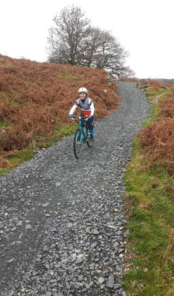 Islabikes Beinn 27 test ride - descending and testing the brakes