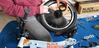Changing the gears on the Black Mountain Pinto and Skog