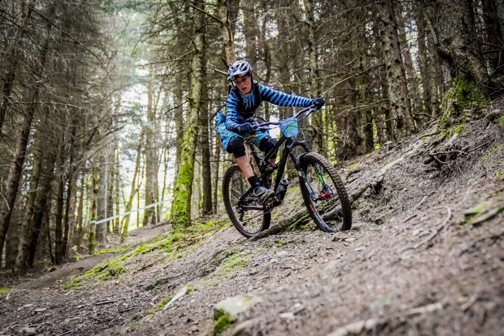 Fraser from ShredXS - kids mountain bike clothing discount code