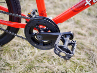 Forme Cubley pedals and chain