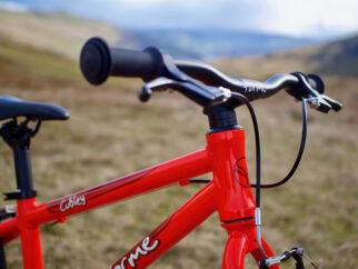Forme Cubley kids bike up close