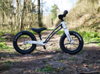 Hornit AIRO balance bike review - the bike in Orca White