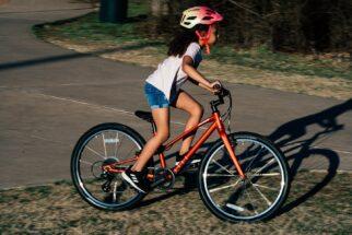 Specialized Jett 20 kids bike in use
