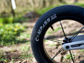 Hornit AIRO wheel and tyres up close