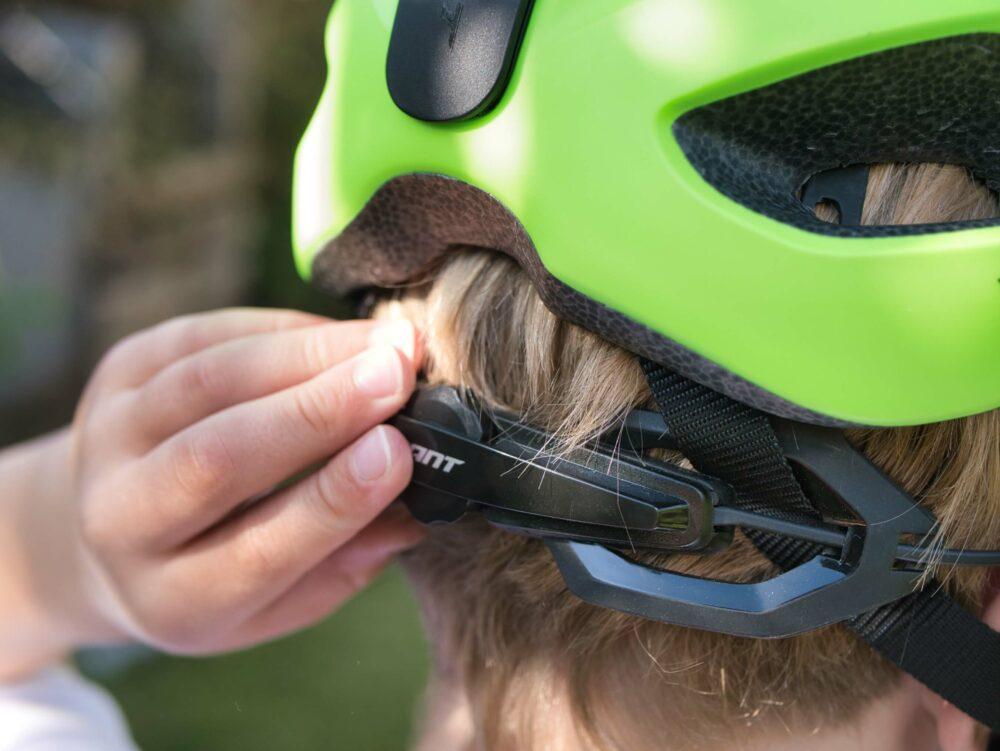 Giant compel ARX kids bike helmet