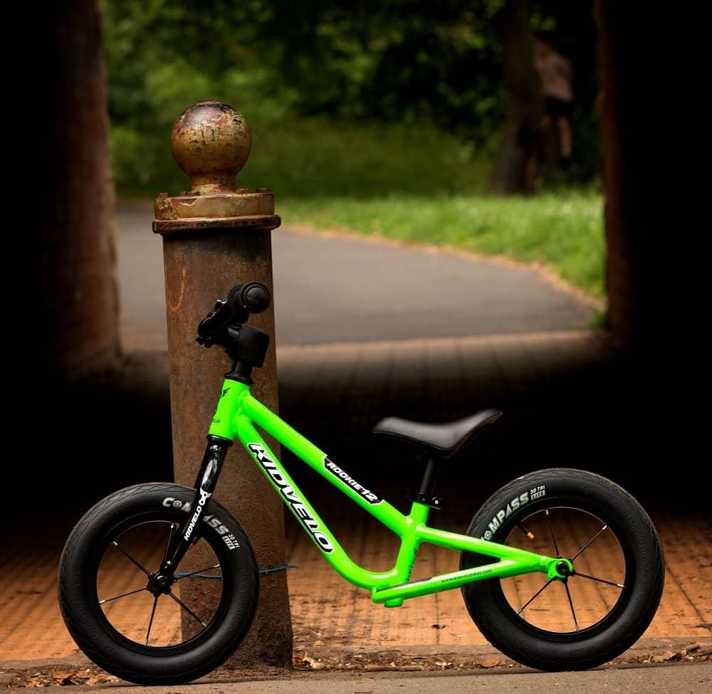 Kidvelo Rookie 12 balance bike